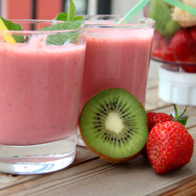 "Smoothie ""Kiwi, strawberry and mint"""
