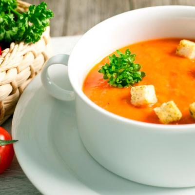 Тыквенный суп пюре с курицей и сухариками