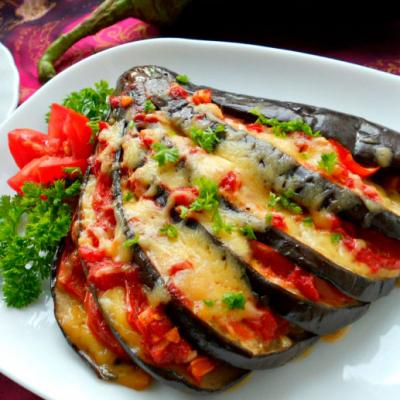 Баклажан запечений з твердим сиром та помідорами