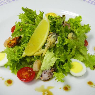 Салат c морепродуктами